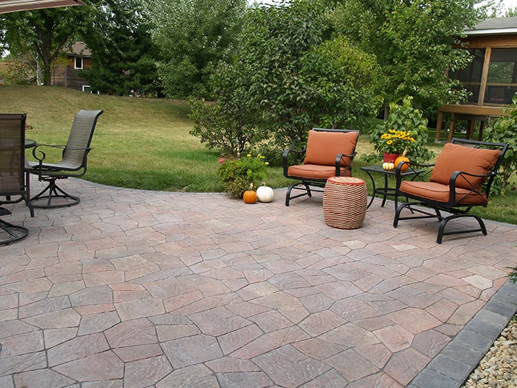 Patio Pavers and Wall Block Circle B Make Your Outdoor Space