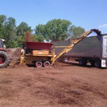 semi load mulch delivery