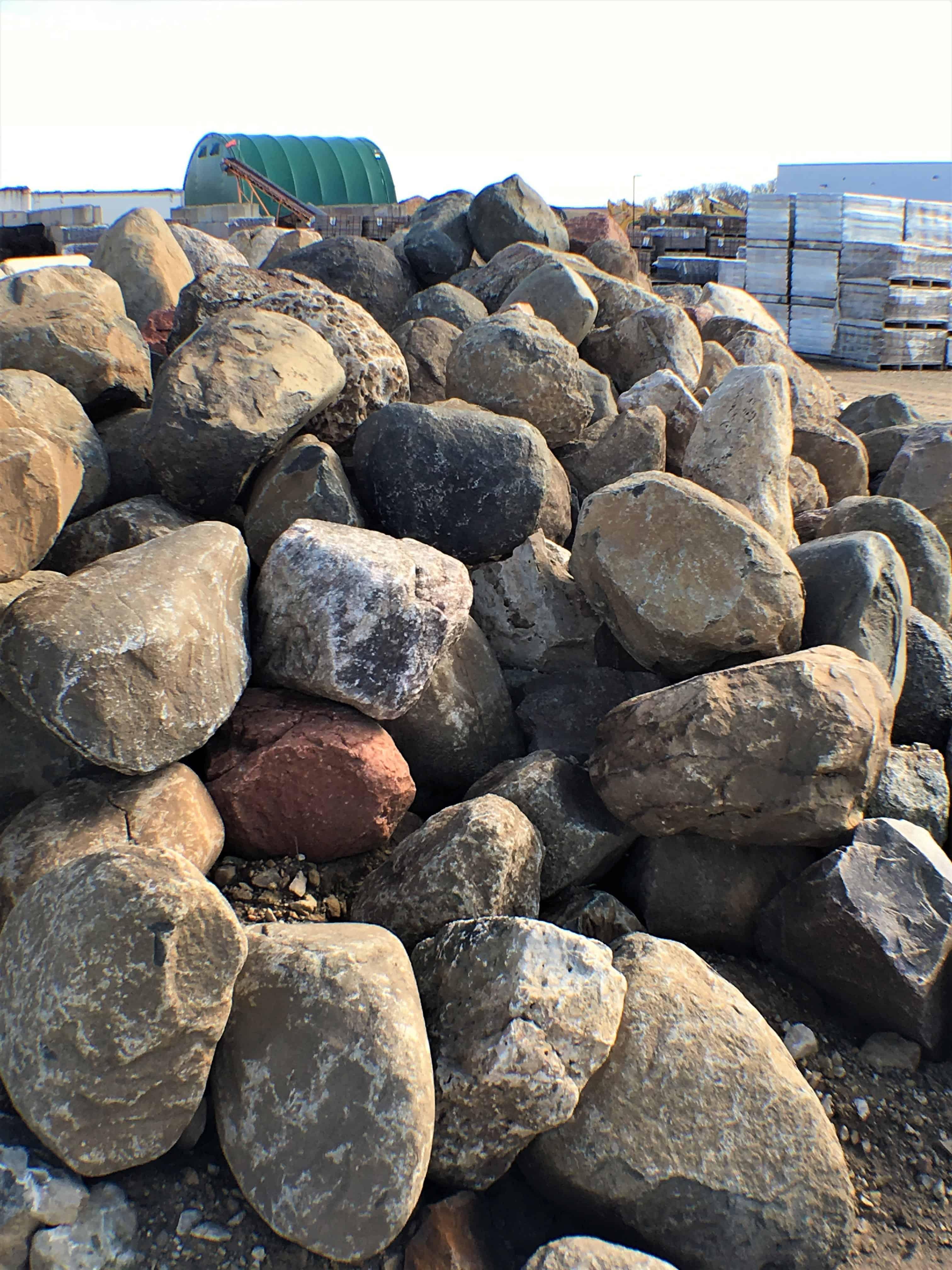 Large Decorative Stone : Decorative stone granite rocks quartizite large