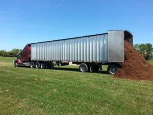 mulch wholesale delivery semi mulch delivery